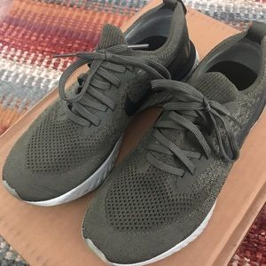 Nike Epic React Olive Fly Knits Running Shoes 8.5